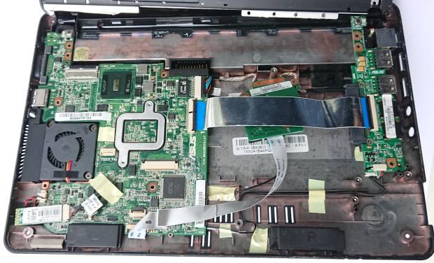 パソコンの内部の部品