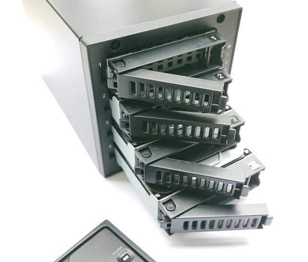 RAIDのハードディスク
