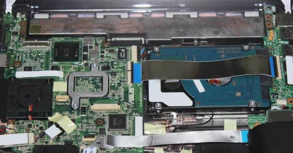 ノートPCの内部の回路