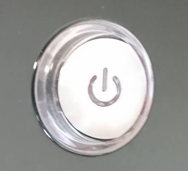 PCのボタンの内側