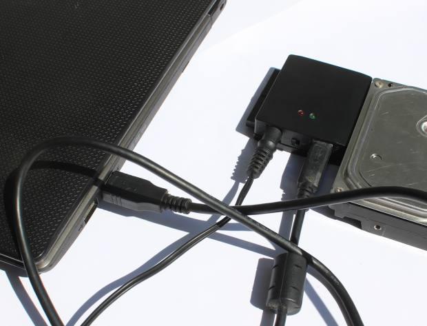 ハードディスクの外部接続