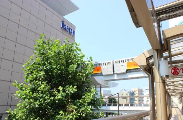 都市の商店街