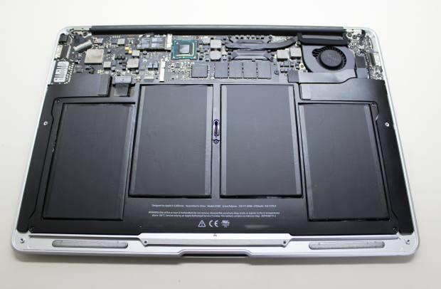 MacBookAir本体の内部
