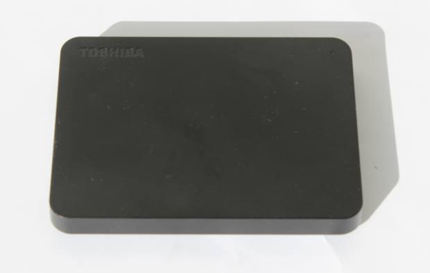 東芝製のポータブルHDD