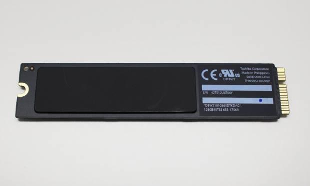 東芝製のSSD