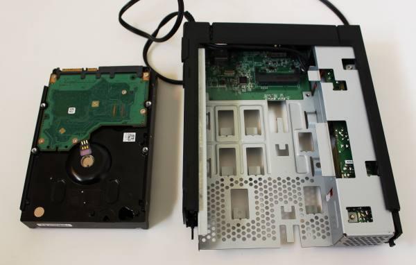 HDDの付け替え